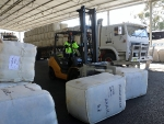 a-truck-load-of-dohne-wool-from-magunyah-tooraweenah-arrived-at-the-macdonald-co-wool-store-during-the-conference-tour-by-outcross-media